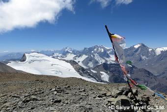 山頂から望むアンデス山脈