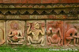 仏教遺跡パハルプールのレリーフ