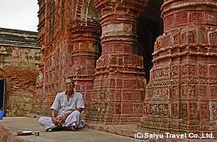 プティアのヒンドゥー寺院<