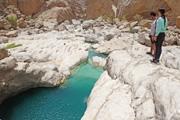 キャニオニング in オマーン 泳いで歩いて楽しむ緑のアラビア